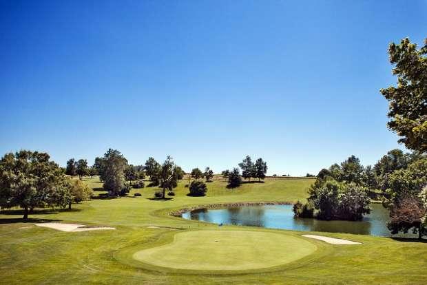 S jour de golf au ch teau des vigiers forfait golf h tel for Golf du bic forfait