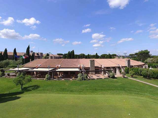Club House du Golf Club Parco de' Medici
