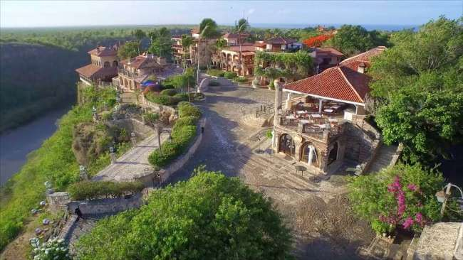 Golf republique dominicaine voyage golf casa campo for Piscine jardin de la republique